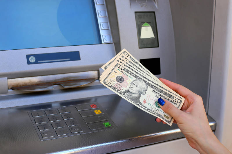 Atms and banking services around Taba Heights Destination