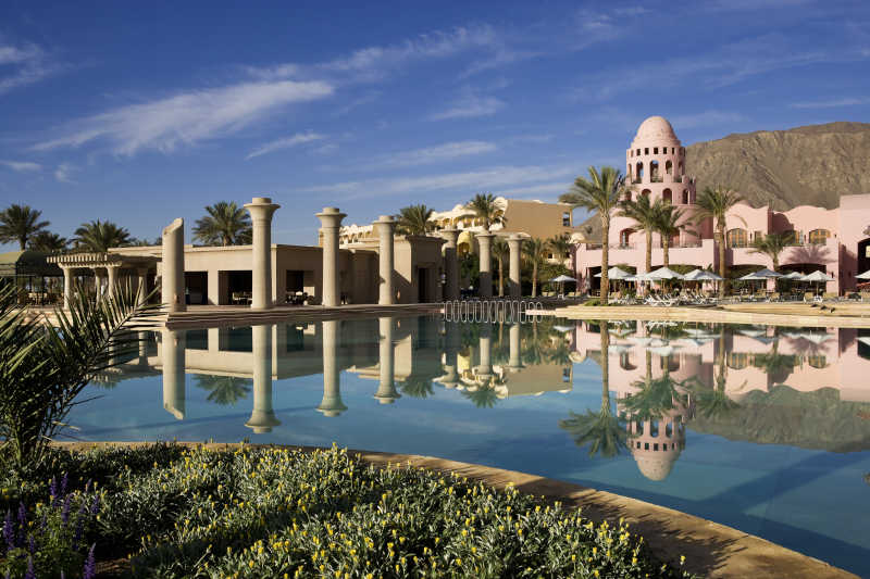 lotus bar and pool overview at mosaique taba 5 stars hotel